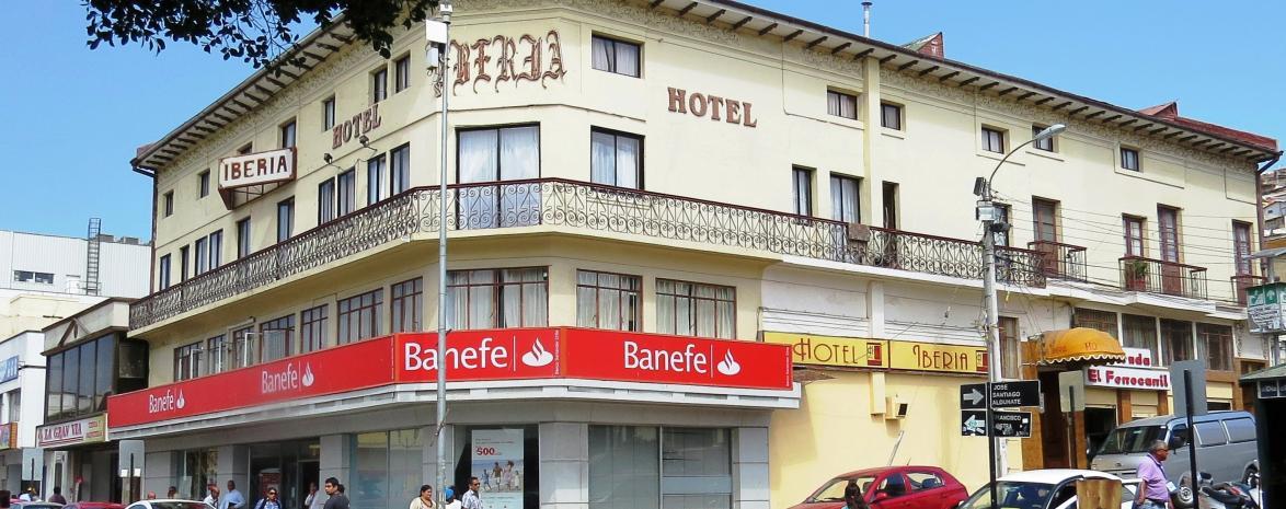 HOTEL IBERIA, VISTO DE DIA